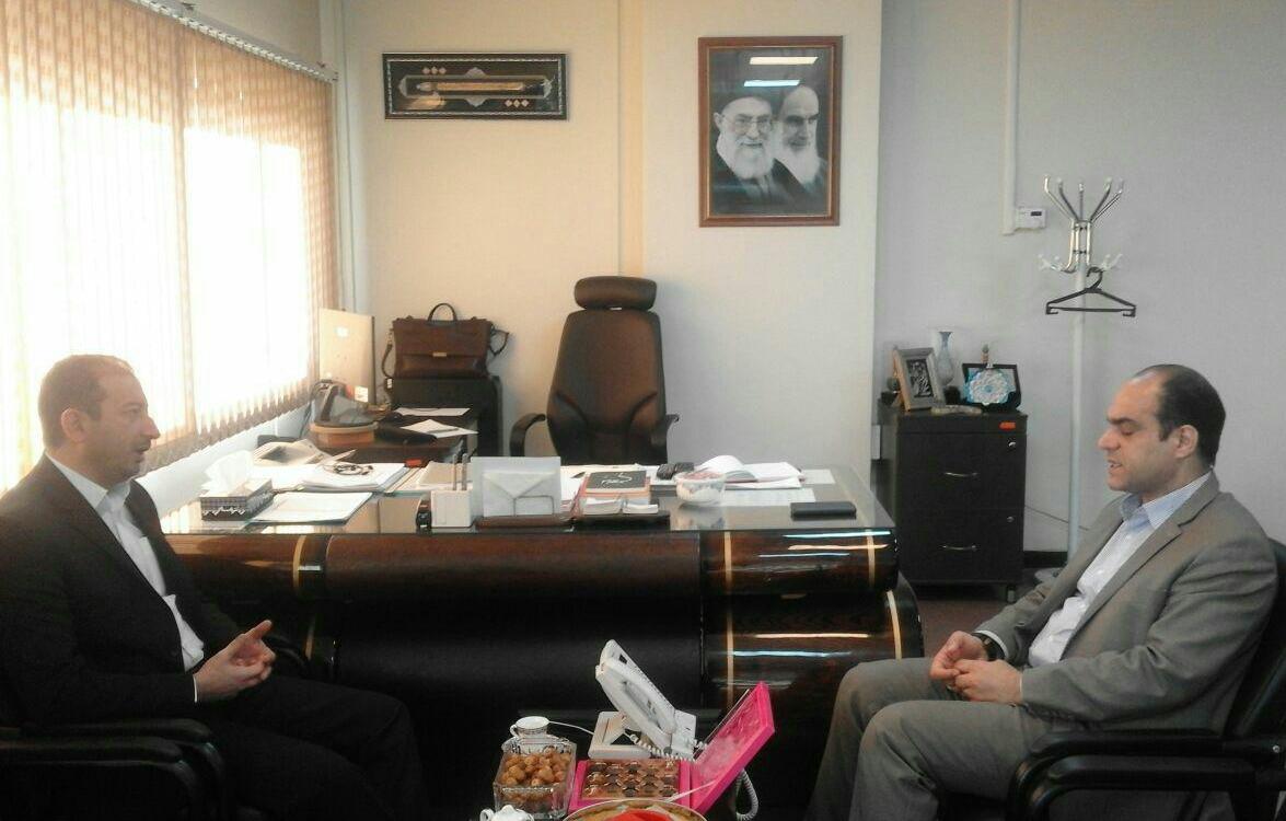 ديدار مديركل امور اداري و مالي با مديركل توسعه منابع انساني وزارت كشور